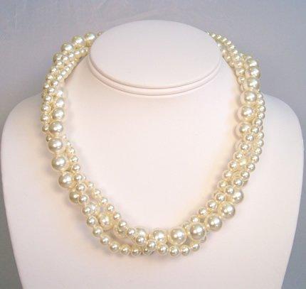 Elizabeth Twisted Pearl Necklace in Ivory Swarovski Pearls