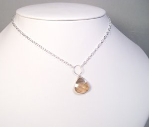 Single Teardrop Necklace in Sterling Silver and Crystal Golden Shadow