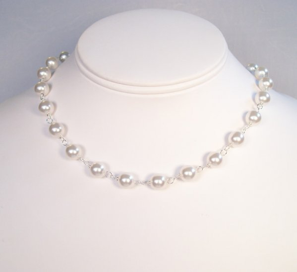 Kenna Pearl Wedding Necklace - White Pearls - Multiple Color Options