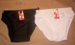 2 Pair of Ya Lan Ni Ladies Panties, Size L, Item # 05-001001060013