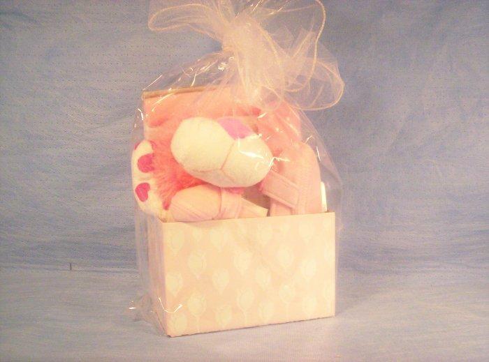 Pink, Baby Girls Gift Basket, Item # 01-001015060004