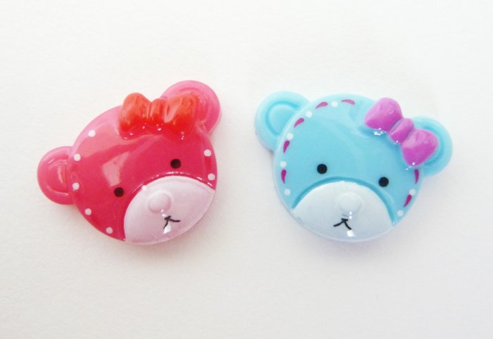 4 pcs..18mm Bearhead in Cherry Pink and Blue