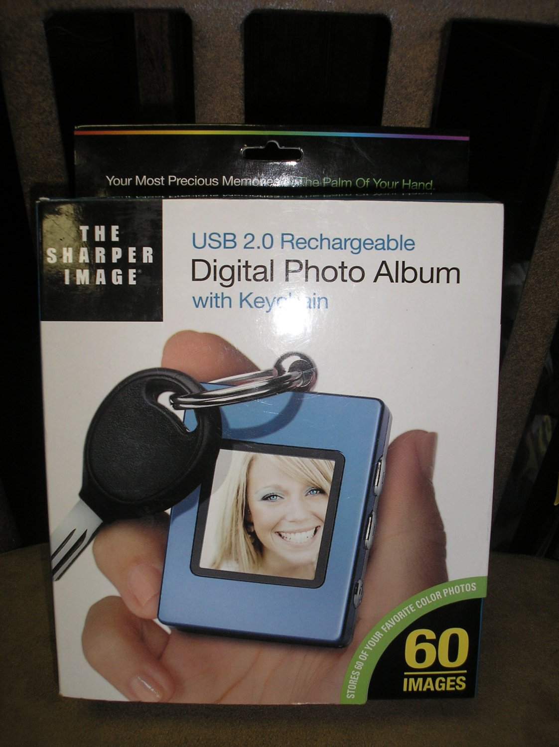 THE SHARPER IMAGE DIGITAL PHOTO KEYCHAIN by The Sharper Image - BRAND NEW!