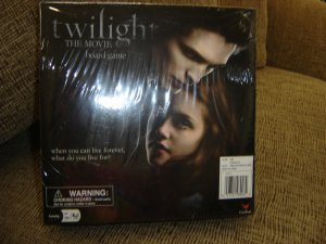 TWILIGHT THE MOVIE BOARD GAME BY CARDINAL - BRAND NEW!