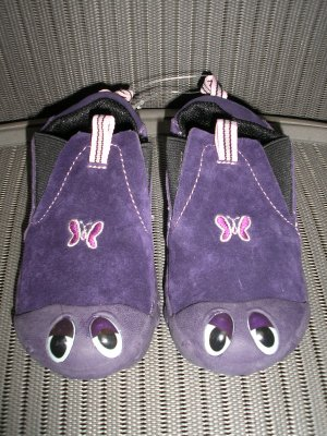 "POLLIWALKS KIDS ""TOYS FOR FEET"" PURPLE ELASTIC SLIP ON with SUEDE UPPER - SIZE 8 - BRAND NEW!"