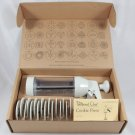 The Pampered Chef Cookie Press with 16 Disc's - #1525 - NEW IN BOX!