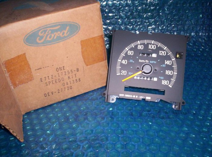 Speedometer Ford 1988 BRONCO  II                 stk#(96)