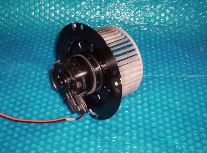 Ford Tempo 94  Heater Fan Motor F13H-19805-AA ( R71)