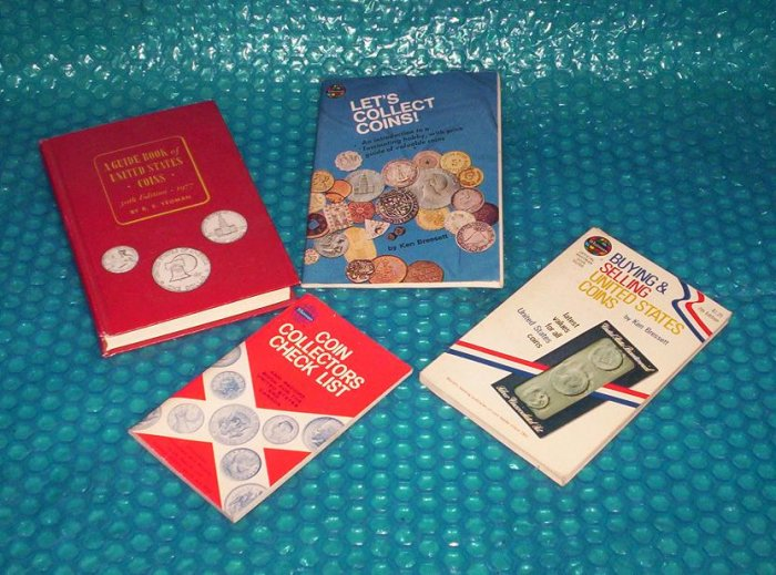 Coin Collectors Books, set  of Four        0307090515   (739)