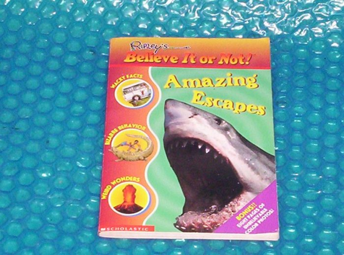 Amazing Escapes    0439314593   stk#(638)