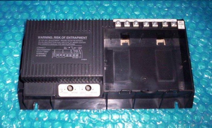 MOORE-O-MATIC garage opener CONTROL BOARD AAE00380   stk#(160)