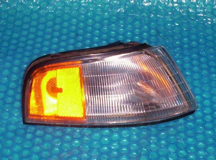 1990-1992 Chevy Lumina  Corner Light 16510942 RH    stk#(843)