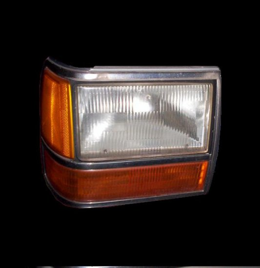 Ford Explorer 1991  Headlight  Passenger side   (1121)