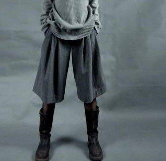 Gray Loose Woolen Shorts