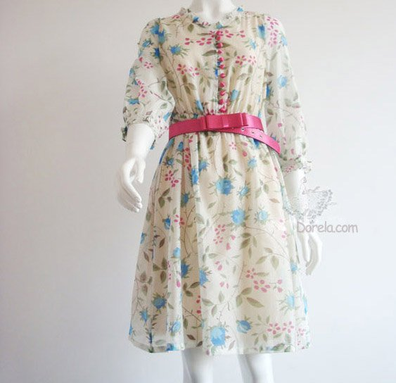 Floral pattern silk dress 2 colors.