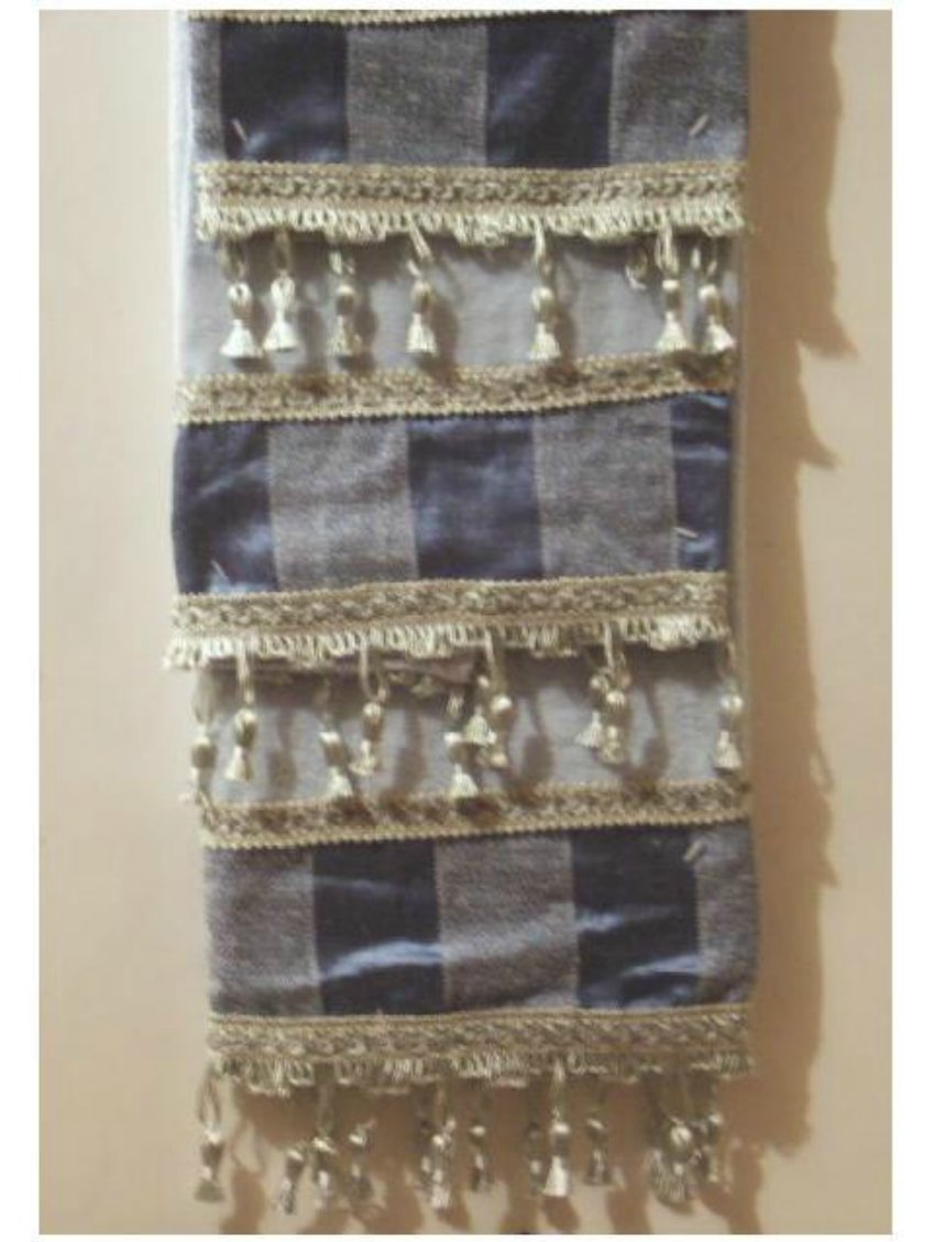 Blue Bath Towels Set Embellished