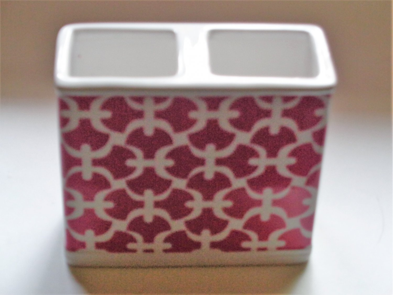 Pink Trellis Toothbrush Holder Ceramic