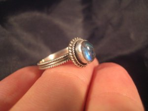 925 Silver Moonstone crystal stone Ring Nepal jewelry art Size 5.75