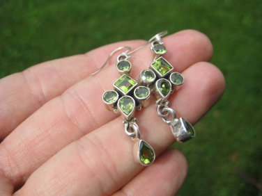 925 silver natural peridot stone earring earring Nepal jewelry art A6
