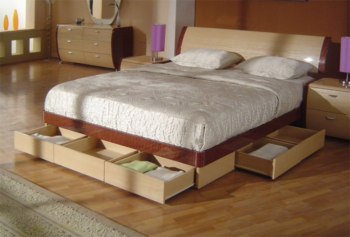 Symphony King Size Modern Platform Bed With Storage