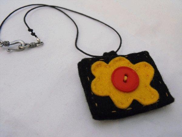 Felt Flower Pendant Necklace