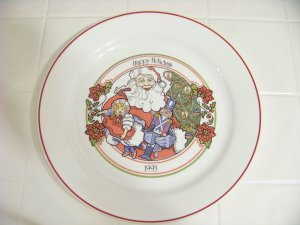 Corelle 1993 happy holidays plate christmas plate