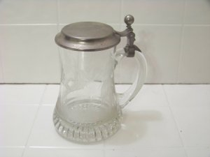 etched beer mug stein with rein-zinn lid glass etched with pheasants