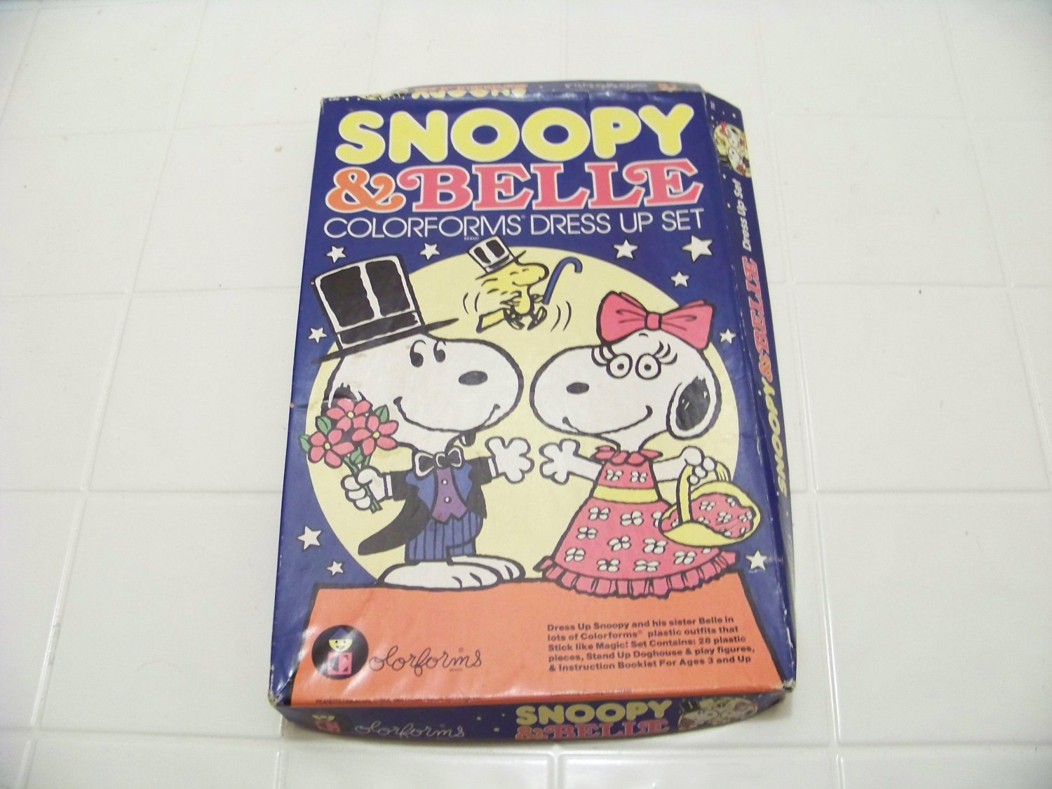 Snoopy & Belle colorforms dress up set vintage toy