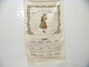 vintage 1976 cloth calendar start each day in a happy way Holly Hobbie