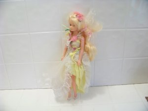 vintage Creata Flower Princess Doll 1982 toy yellow dress very pretty