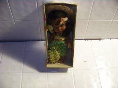 Vintage MOMI Pearl beautiful Hawaiian doll Hula grass skirt anekona hawaii