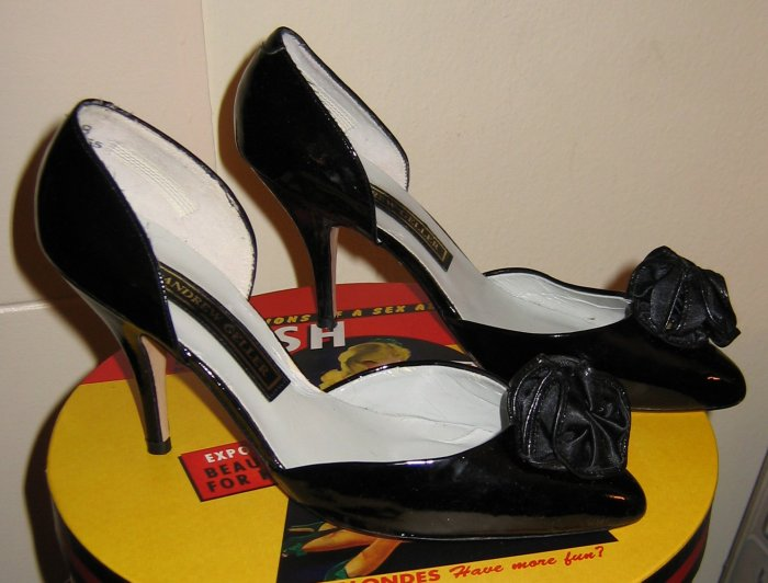 andrew geller sexy retro black patent leather heels 6.5