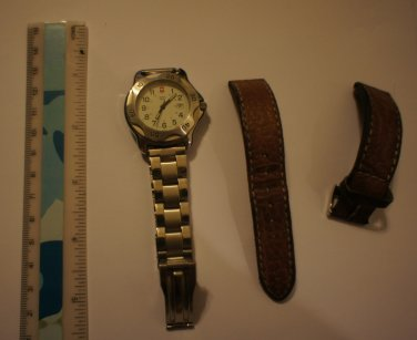 Genuine and Authentic!! Swiss Army Quartz Date Women's or Men's Watch Made in Switzerland