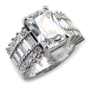 Sparking Diamond Ring