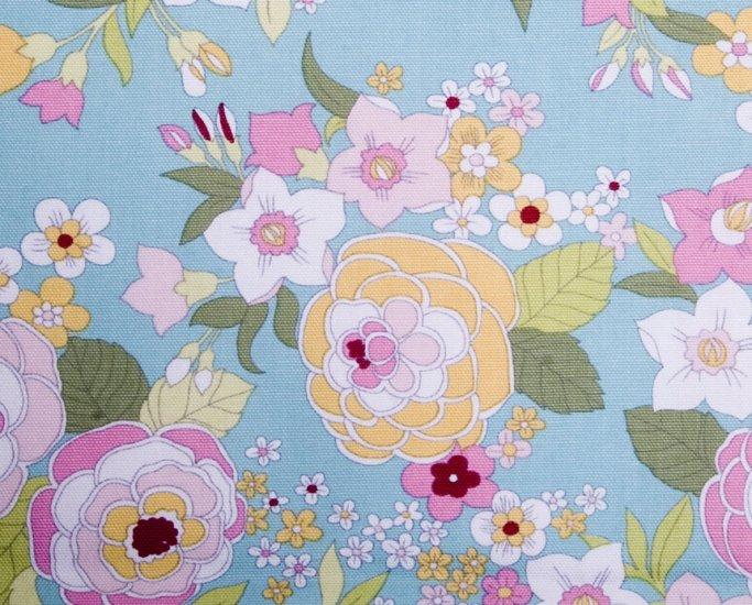 Flower in blue//oxford