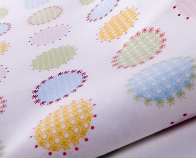 Anjue, dots//cotton//twill//2 yards