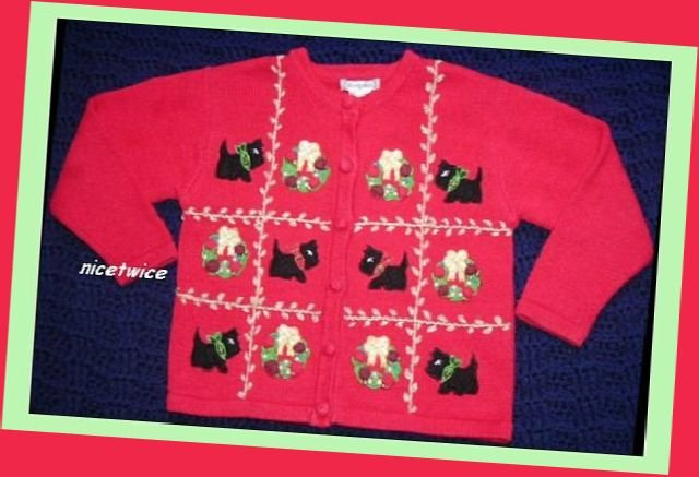 Airport Girl Red Christmas Wreath Cardigan Sweater S