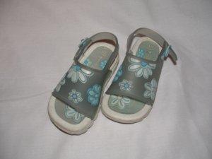 Toddler Girls MONTEGO BAY Sandels Size 6/7 EUC
