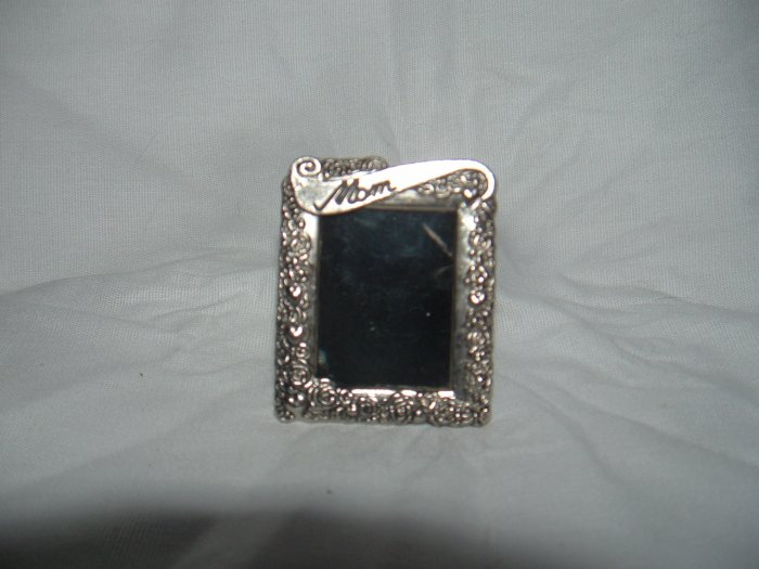 NIP Mini Silver Photo Easel Frame or Pin Gift for Mom