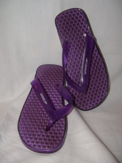 Girls Purple SPEEDO Flip Flops Size 1 2 3 **EUC**