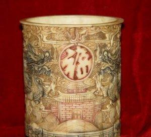 Exquisite Bone Art Handicraft Carving Double Dragon Pen Vase