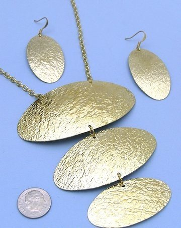 Flirty Gold Cascading Necklace and Earring Set