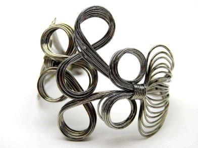 Fabulous Dark Silver Swirly Bracelet
