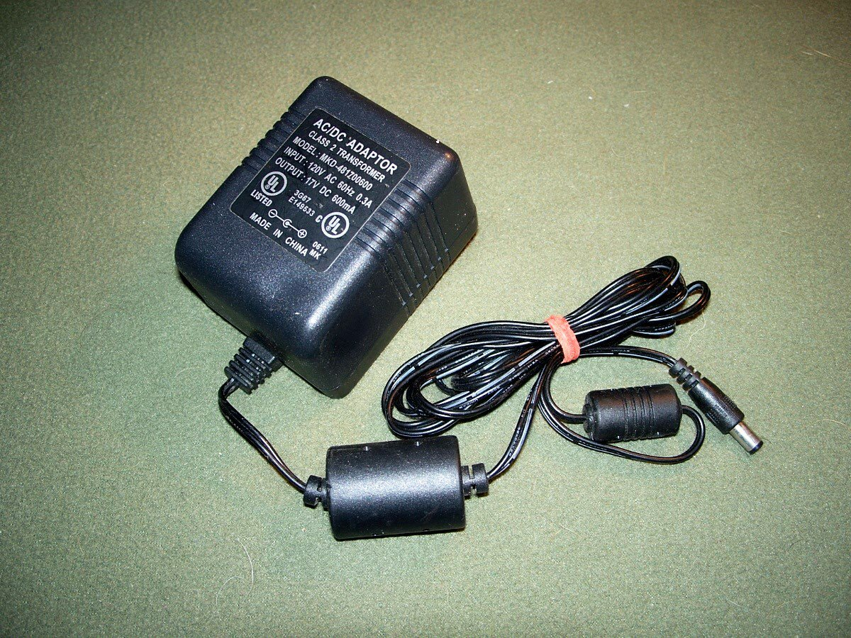 MKD481700600 AC/DC 17V DC 600MA Power Supply Charger Adapter