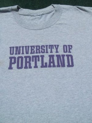 UNIVERSITY of PORTLAND oregon MEDIUM T-SHIRT college
