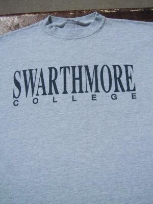 SWARTHMORE COLLEGE -  SWARTHMORE COLLEGE - - XL T-SHIRT garnet university