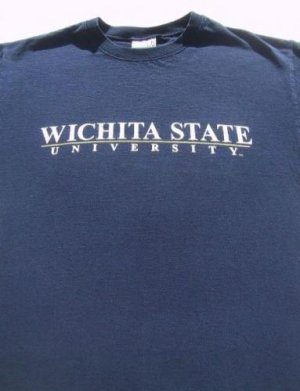 WICHITA STATE UNIVERSITY shockers MEDIUM T-SHIRT kansas