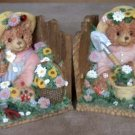 Bookends Bear Gardeners with Garden Tools and Straw Hat
