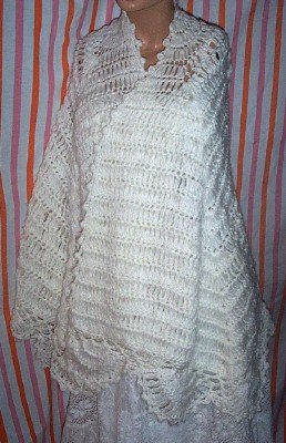 Creamy Vintage Crocheted Shawl