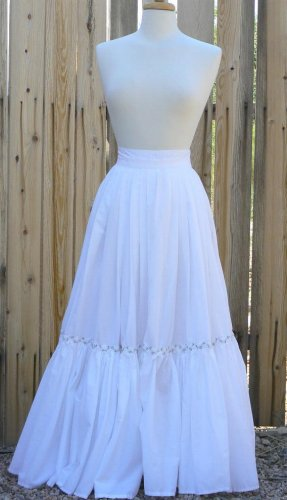 Petticoat Cotton with Ruffle Bottom Victorian Renaissance Pirate